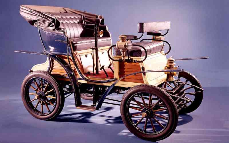 FİAT'ın Ürettiği İlk Otomobil – FIAT 3 1/2 HP 1899 – 1900